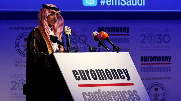 وزير المالية: السعودية تتجه صوب خفض عجز الميزانية إلى 7%