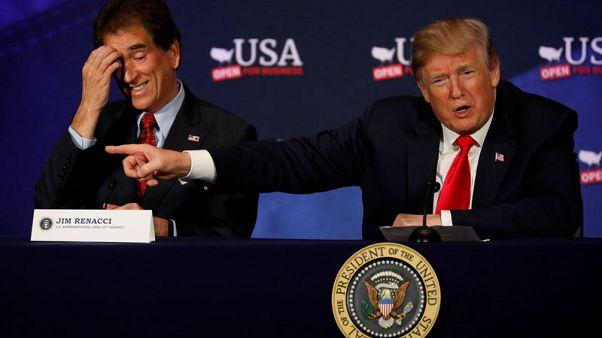 """أمريكا تندد بالصين بسبب """"هراء استبدادي"""" بشأن مواقع شركات الطيران"""