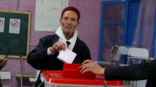 حزب النهضة الاسلامي يقول إنه فاز في الانتخابات البلدية متقدما على منافسه نداء تونس