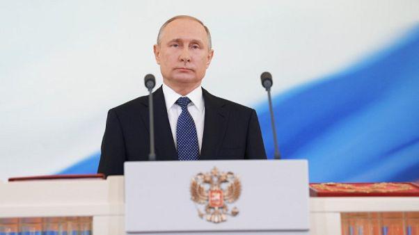 ألمانيا تؤكد لقاء ميركل وبوتين في سوتشي في 18 مايو