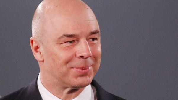 وكالة: ميدفيديف يحتفظ بوزير المالية ويختاره نائبا له