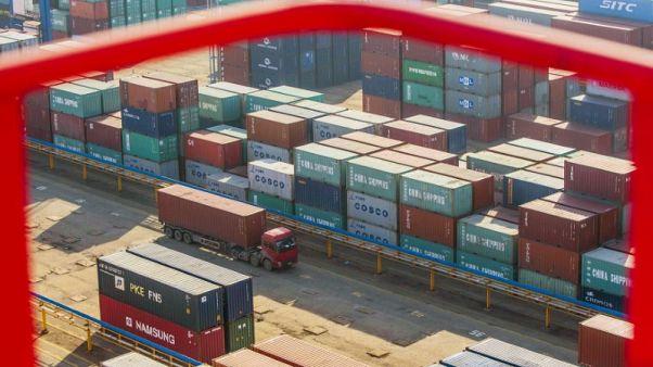تعافي صادرات الصين أكثر من المتوقع في أبريل رغم الخلاف التجاري مع أمريكا