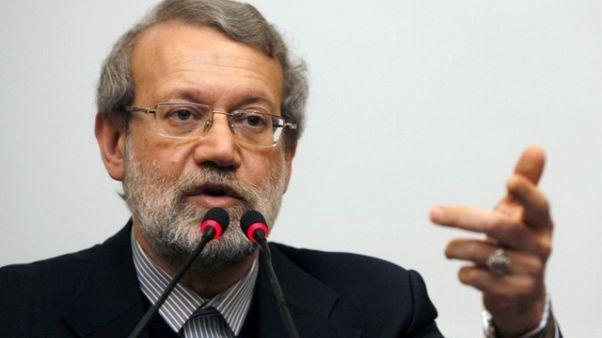 تلفزيون: لاريجاني يقول إيران ليست ملتزمة باحترام تعهداتها بموجب الاتفاق النووي