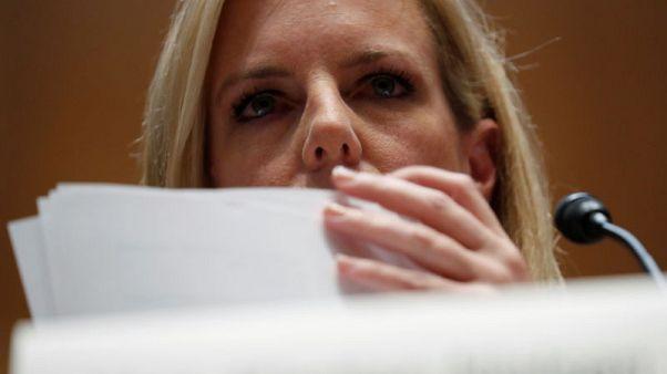 صحيفة: وزيرة الأمن الداخلي الأمريكية كادت أن تستقيل