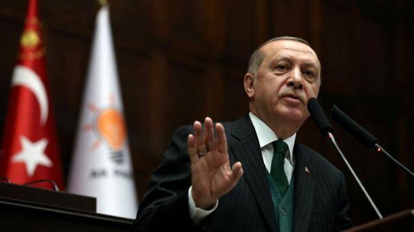 """إردوغان يصف أسعار الفائدة بأنها """"الأم والأب لكل الشر"""""""