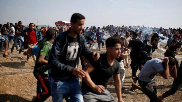 مسعفون: مقتل فلسطيني وإصابة 170 برصاص القوات الإسرائيلية في غزة