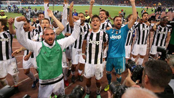 يوفنتوس يحرز لقب الدوري الايطالي للمرة السابعة على التوالي