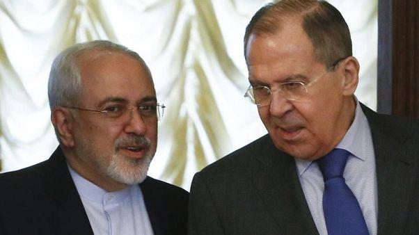 وكالة: لافروف يبحث مع ظريف إنقاذ الاتفاق النووي الإيراني