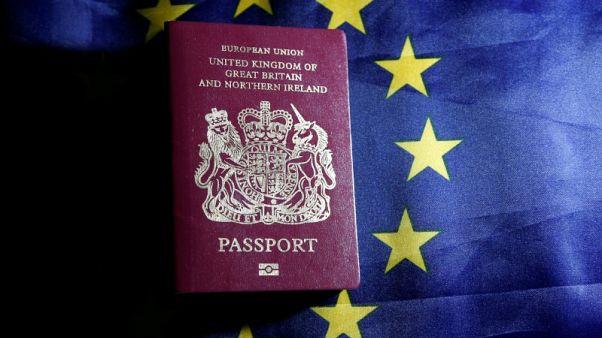 حصري- بريطانيون يعملون بالاتحاد الأوروبي يحصلون على جنسية أخرى