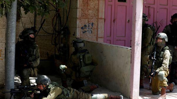 وزير الدولة البريطاني لشؤون الشرق الأوسط يدعو إسرائيل لضبط النفس