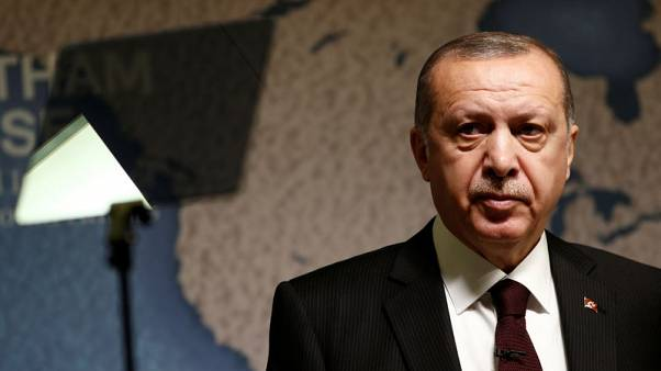 بلومبرج: إردوغان يخطط لسيطرة أكبر على الاقتصاد