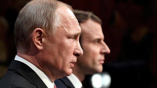 وكالة: بوتين وماكرون ناقشا الوضع في سوريا عبر الهاتف