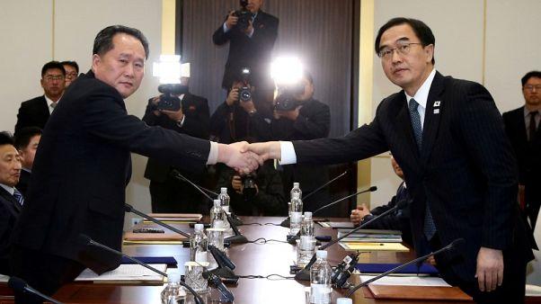 كوريا الشمالية تعلق محادثات مقررة مع الجنوب يوم الأربعاء