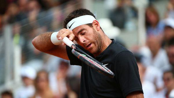 شكوك حول مشاركة ديل بوترو في بطولة فرنسا للتنس بسبب الإصابة
