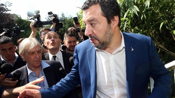 Salvini, io impegnato anche per c.destra