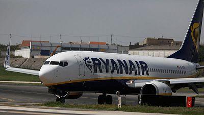 Ryanair's Irish union threatens possible strike