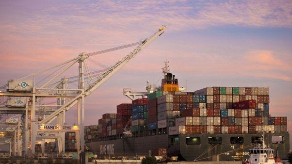 أمريكا والصين تتفقان على زيادة التعاون التجاري لخفض العجز