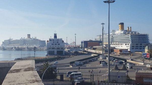 Assenteismo al porto, a Bari 10 indagati