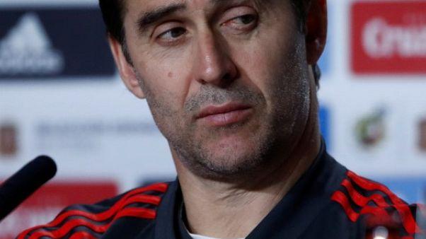 لوبتيجي يجمع بين الشباب والخبرة في تشكيلة إسبانيا بكأس العالم
