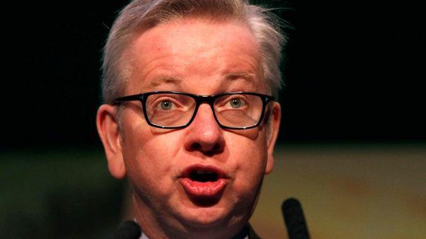 وزير: بريطانيا أصبحت أكثر ترحيبا بالمهاجرين