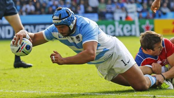 Noguera bets on his Pumas future with new pack