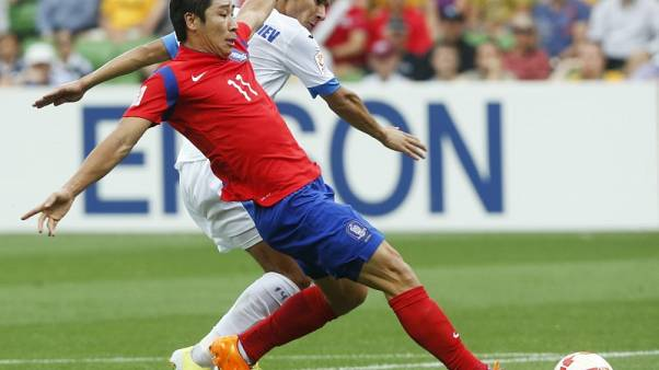 Lee ruled out of Korean World Cup squad with knee injury