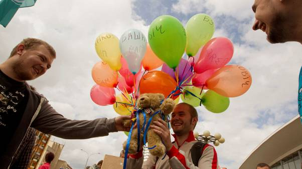Six years after teddy bear row, Belarus revives ties with Sweden