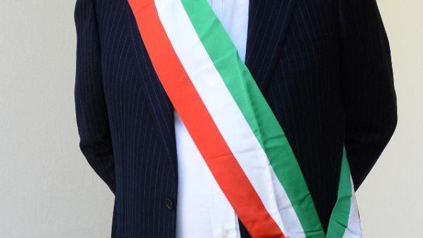 Ex tribunale, sindaco Lucera s'incatena