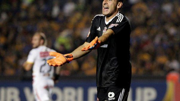 جوزمان يحل محل روميرو المصاب في تشكيلة الأرجنتين