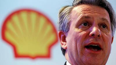 Norway's wealth fund voted in favour of Shell CEO pay, against climate targets