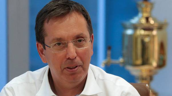 Procter & Gamble commits to Russia despite rising risks