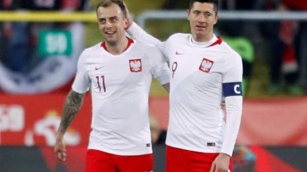Poland aim for rare group stage progress in Russia