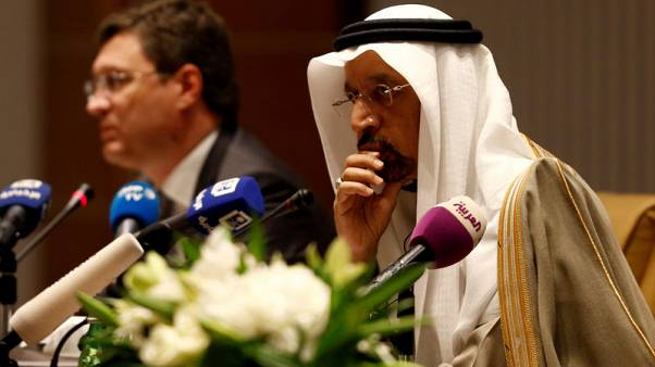 Saudi Arabia, Russia prepared to ease oil production cuts