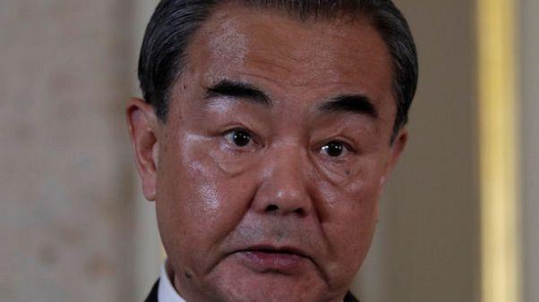 الصين وبوركينا فاسو توقعان اتفاقا لبدء العلاقات الدبلوماسية