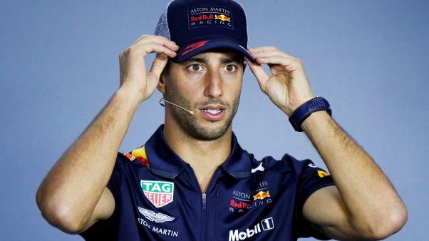 الاسترالي ريتشياردو ينتزع مركز أول المنطلقين في سباق موناكو لفورمولا 1