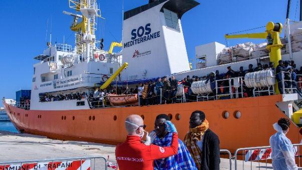 Migranti, 'Miracolo' nasce a bordo nave