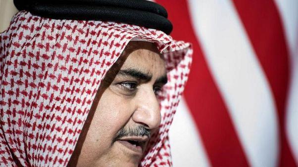 """البحرين لا ترى """"بارقة أمل"""" لحل الأزمة مع قطر قريبا"""