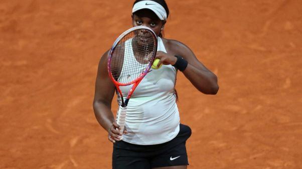 بداية قوية لستيفنز في بطولة فرنسا المفتوحة للتنس
