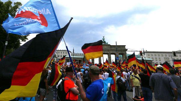 مناهضون لليمين المتطرف يفوقون أنصاره عددا في مظاهرات ببرلين