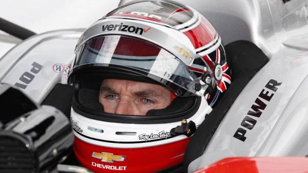 الاسترالي باور يفوز بالنسخة 102 من سباق اندي 500