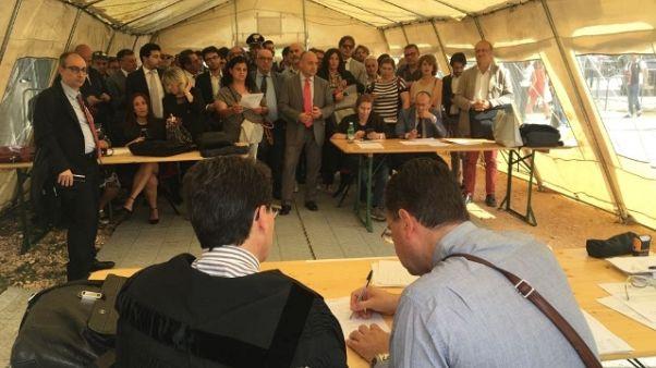 Palagiustizia Bari: udienze in tendopoli