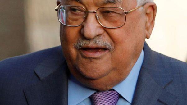 الرئيس الفلسطيني يغادر المستشفى بعد علاج استمر ثمانية أيام