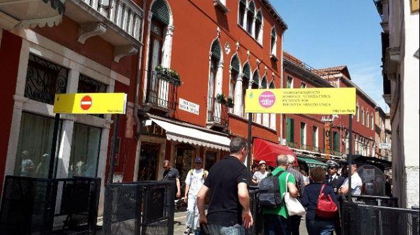 Venezia: estate,varchi presidiati