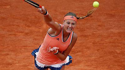 Tennis - Mercury rises on Lenglen and Mladenovic melts down