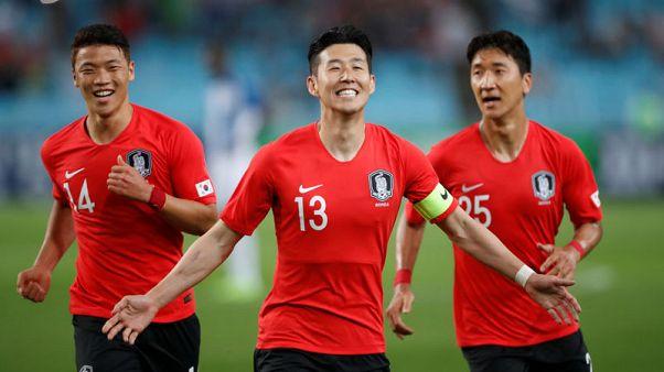 Captain Son strikes as South Korea down Honduras