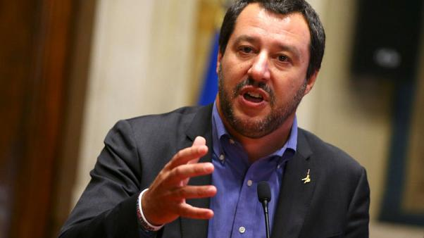 Italy poll shows support for right-wing League up, 5-Star steady