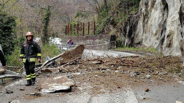 Frana, isolati Madesimo e Campodolcino