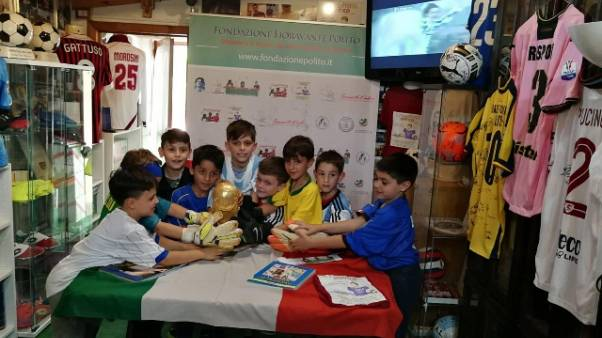 Mondiali:bambini gridano 'forza azzurri'