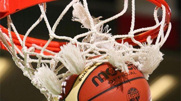 Basket:Brescia ko 70-76,Milano in finale