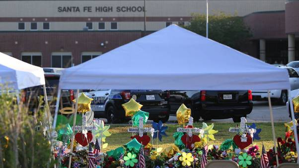 Trump to visit families of victims of Texas school shooting